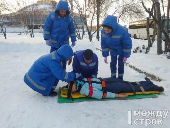 «Это не манекен, а пациент». В Нижнем Тагиле прошли соревнования среди бригад скорой помощи Горнозаводского округа