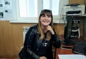 В Татарстане мать посадила маленького сына за руль автомобиля и позволила разогнаться до 130 км/час (ВИДЕО)