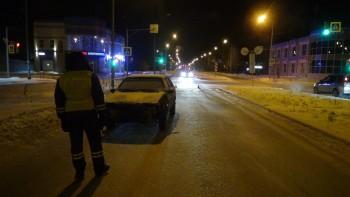 В Нижнем Тагиле водитель без прав сбил 55-летнюю женщину на пешеходном переходе