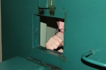 В Нижнем Тагиле 19 злостных неплательщиков штрафов за нарушение ПДД отправились за решётку благодаря камерам «Безопасного города»