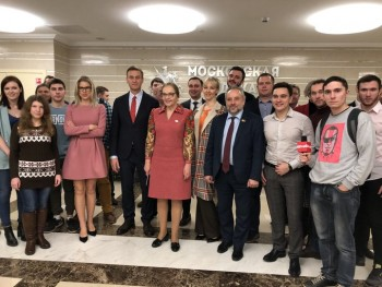 В Мосгордуме сорвали круглый стол о «методах борьбы с неугодными» из-за приглашения на него Навального