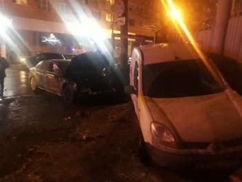 В Нижнем Новгороде в момент ДТП автомобиль отбросило на группу идущих по тротуару школьников