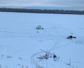 Двое рыбаков из Свердловской области отравились газом на зимней рыбалке под Тобольском