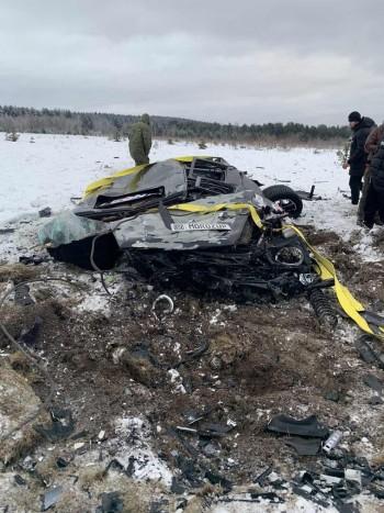 В Карелии двое москвичей сбросили с вертолёта Mercedes Gelandewagen (ВИДЕО)