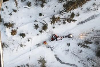 Группу пропавших на севере Свердловской области туристов из Нижнего Тагила нашли при помощи вертолёта МЧС