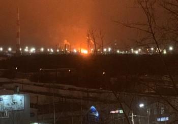 В Коми горит нефтеперерабатывающий завод «Лукойла»