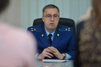 В Свердловской области нашли замену прокурору Игорю Вейсу, уволившемуся после скандала с пьяной ездой