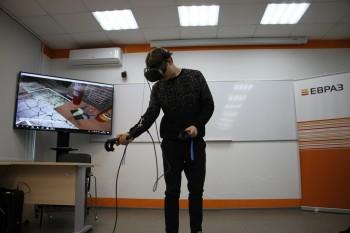 ЕВРАЗ начал обучать своих сотрудников с помощью 3D-шлемов