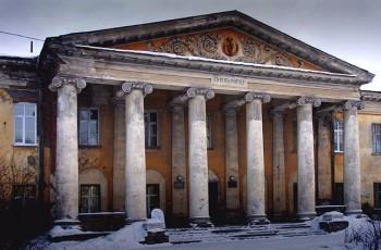 200-летнее здание Демидовской поликлиники отреставрируют к 300-летию Нижнего Тагила