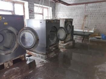 Главврача больницы Богдановича наказали за грязь и низкие зарплаты врачей