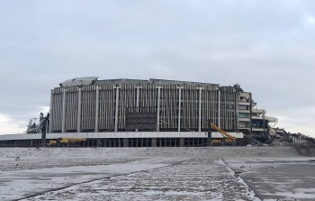 В Санкт-Петербурге обрушилась крыша спортивно-концертного комплекса «Петербургский», погиб один человек (ВИДЕО)