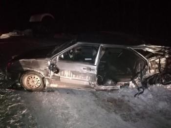 В Екатеринбурге в ДТП с КамАЗом погиб мужчина, ещё трое пострадали