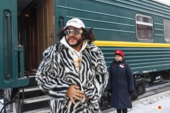 Филипп Киркоров арендовал VIP-вагон, чтобы успеть на концерт в Нижнем Тагиле