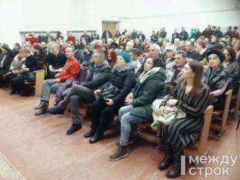 Депутаты Нижнего Тагила попросят губернатора Евгения Куйвашева и Заксобрание освободить многодетные семьи от платы за вывоз мусора