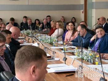 Депутаты Нижнего Тагила определились со списком кандидатов на включение в состав Общественной палаты города