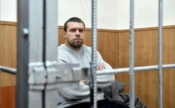 Признавшего вину по «делу Голунова» экс-полицейского перевели под домашний арест