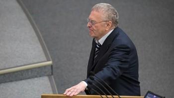 Жириновский предложил провести досрочные выборы вДуму и отменить прямые выборы президента