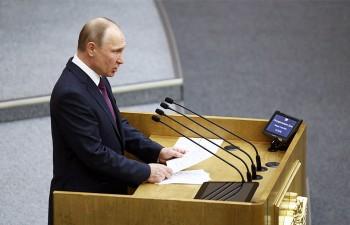 Путин выступил против досрочных выборов и отмены ограничений по президентским срокам, но одобрил поправку об обнулении президентских сроков