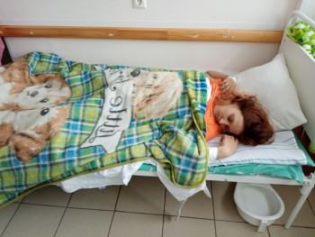 В больнице Екатеринбурга умерла пациентка, которую медики выставили из палаты в коридор