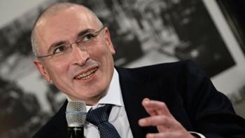Путинназвал Ходорковского жуликом и обвинил его в причастности к убийствам