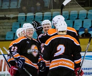 ХК «Спутник» вышел в финал чемпионата Свердловской области