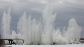 В Свердловской области для предотвращения заторов начали взрывать лёд
