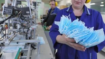 Правительство распорядилось привлечь заключённых к производству медицинских масок