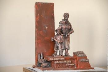В мэрии Нижнего Тагила утвердили макет памятника труженикам тыла
