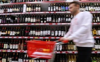 В России из-за коронавируса хотят ограничить продажу алкоголя