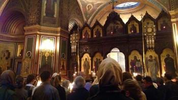 В Санкт-Петербурге РПЦ продолжит службы в храмах вопреки запрету губернатора