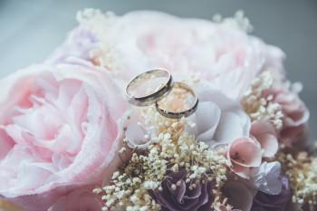 «Свадьбу пришлось переносить дважды». В Нижнем Тагиле женихи и невесты отменяют свадьбы из-за коронавируса