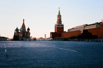 Жителям Москвы запретили покидать свои дома без крайней необходимости