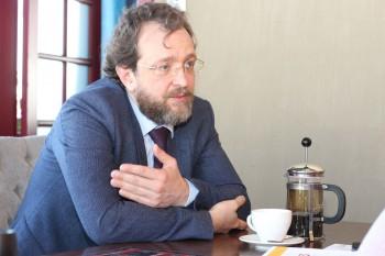 «Митинги больше не эффективны». Лидер свердловских эсеров Андрей Кузнецов — о «монополии одобрямса» в Нижнем Тагиле, провале правительства и уходе Путина