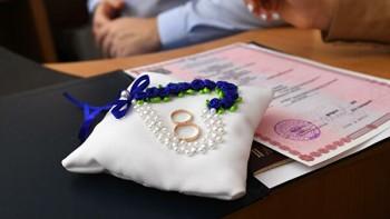 Минюст предложил долета отменить регистрацию браков иразводов вРоссии