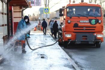Дорожные службы Нижнего Тагила начали дезинфицировать улицы (ВИДЕО)