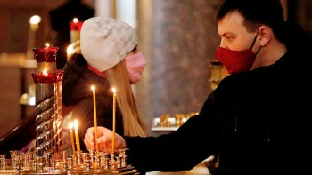 ВРПЦ разработали правила для священников, посещающих людей накарантине покоронавирусу