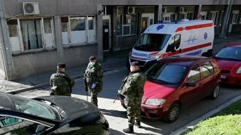 Российские военные врачи начали приём пациентов в Белграде