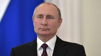 Владимир Путин подписал указ о выплатах семьям с детьми до трёх лет