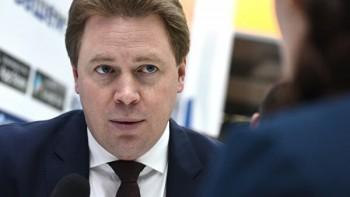 Замглавы Минпромторга исключили из «Единой России» после дебоша в аэропорту Ижевска