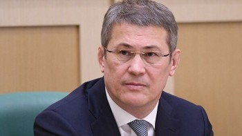 Глава Башкирии Хабиров запретил медикам «побираться» на лечение пациентов с коронавирусом