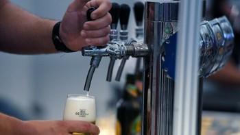 В трёх регионах России запретили продажу разливного пива