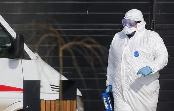 Правительство выделило более 45 млрд рублей наподдержку медиков, работающих сбольными коронавирусом