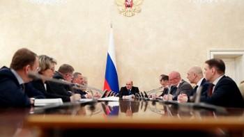 Forbes сообщил о разработке правительством пакета антикризисных мер стоимостью 1 трлн рублей