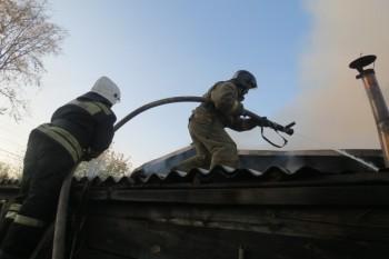 В селе под Нижним Тагилом в пожаре погибли три человека