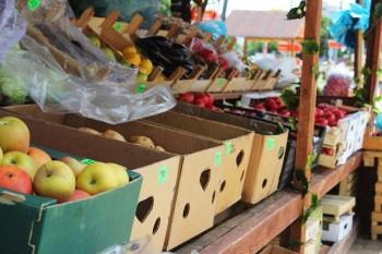 Из-за коронавируса Роспотребнадзор запретил покупателям самостоятельно взвешивать продукты в магазинах