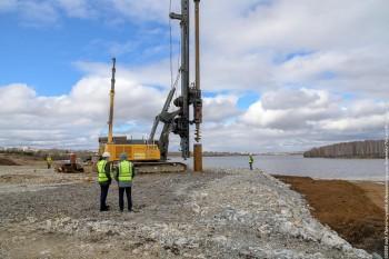 Строители приступили к бурению скважин для опор моста через тагильский пруд