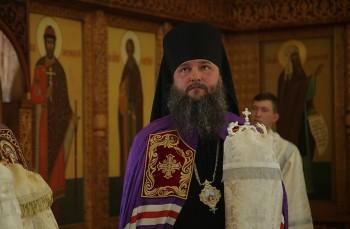 Нижнетагильский епископ похвалил прихожан, несмотря на коронавирус пришедших вхрамы наПасху