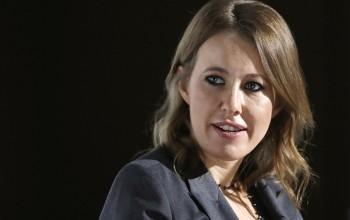 Компанию Ксении Собчак включили вчисло системообразующих попросьбе еёматери сенатора Людмилы Нарусовой