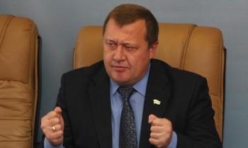 Экс-замгубернатора Курганской области задержали по подозрению в злоупотреблении должностными полномочиями на 195 млн рублей