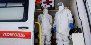 На «Открытую Россию» подали заявление в полицию после того, как организация передала врачам скорой помощи Санкт-Петербурга защитные маски и костюмы